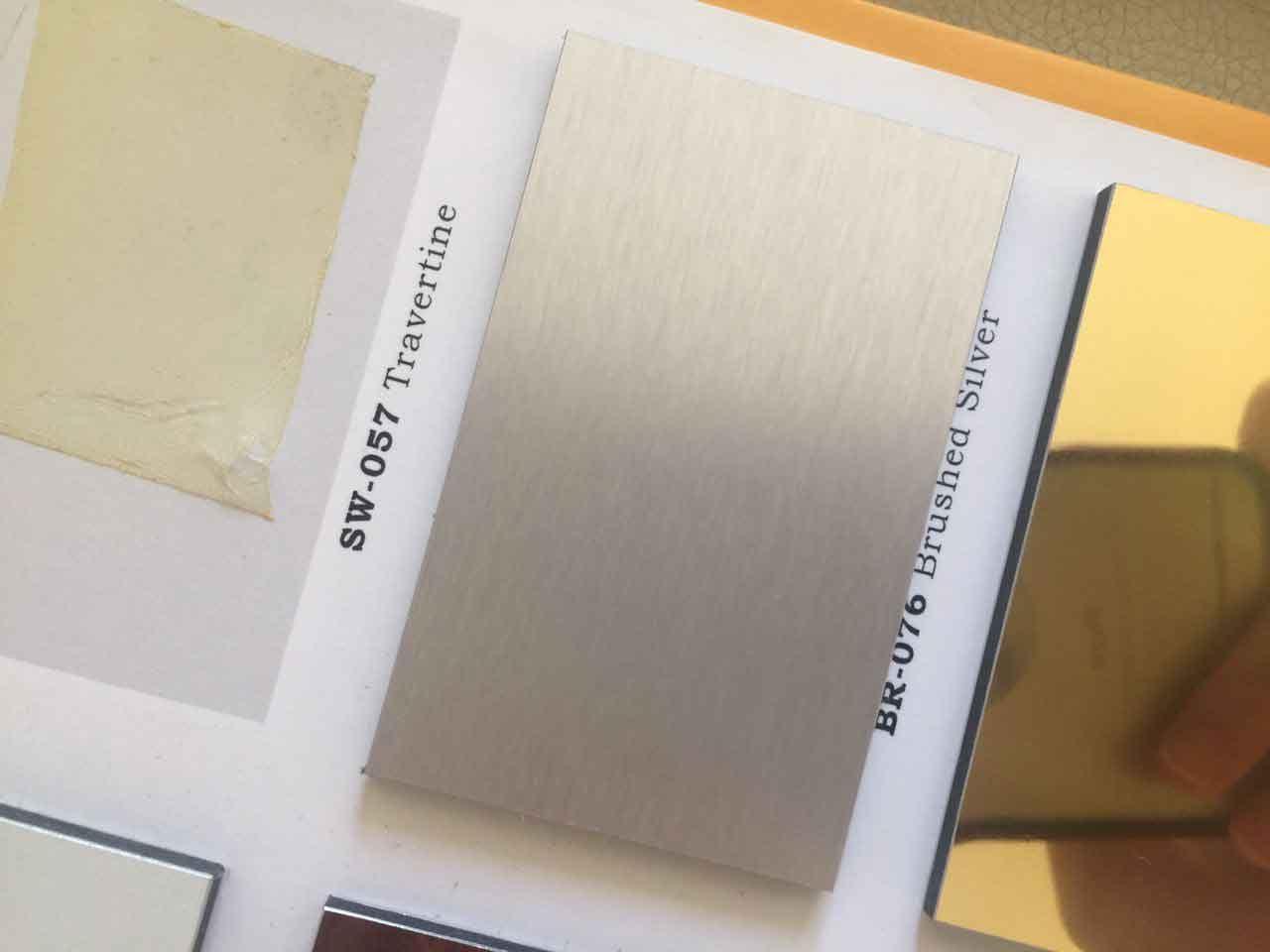 ورق کامپوزیت طرح خش دار نقره ای آلومکس با کد BR-076